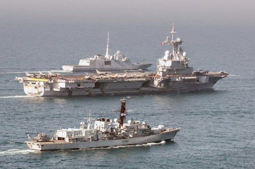 HMS St Albans and French carrier Charles de Gaulle