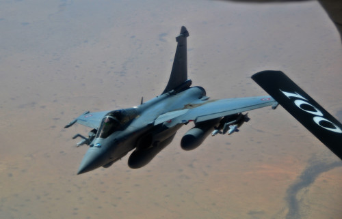 A French Dassault Rafale fighter aircraft provides mission support after receiving fuel froma KC-135 Stratotanker assigned to RAF Mildenhall, England, in support of Operation Juniper Micron over North Africa, Feb. 26, 2016. Three KC-135 Stratotankers, along with 50 Airmen from the 100th Air Refueling Wing, are providing air refueling and airlift support to French operations in Mali and North Africa in support of OJM. (U.S. Air Force photo by Senior Airman Erin Trower/Released)