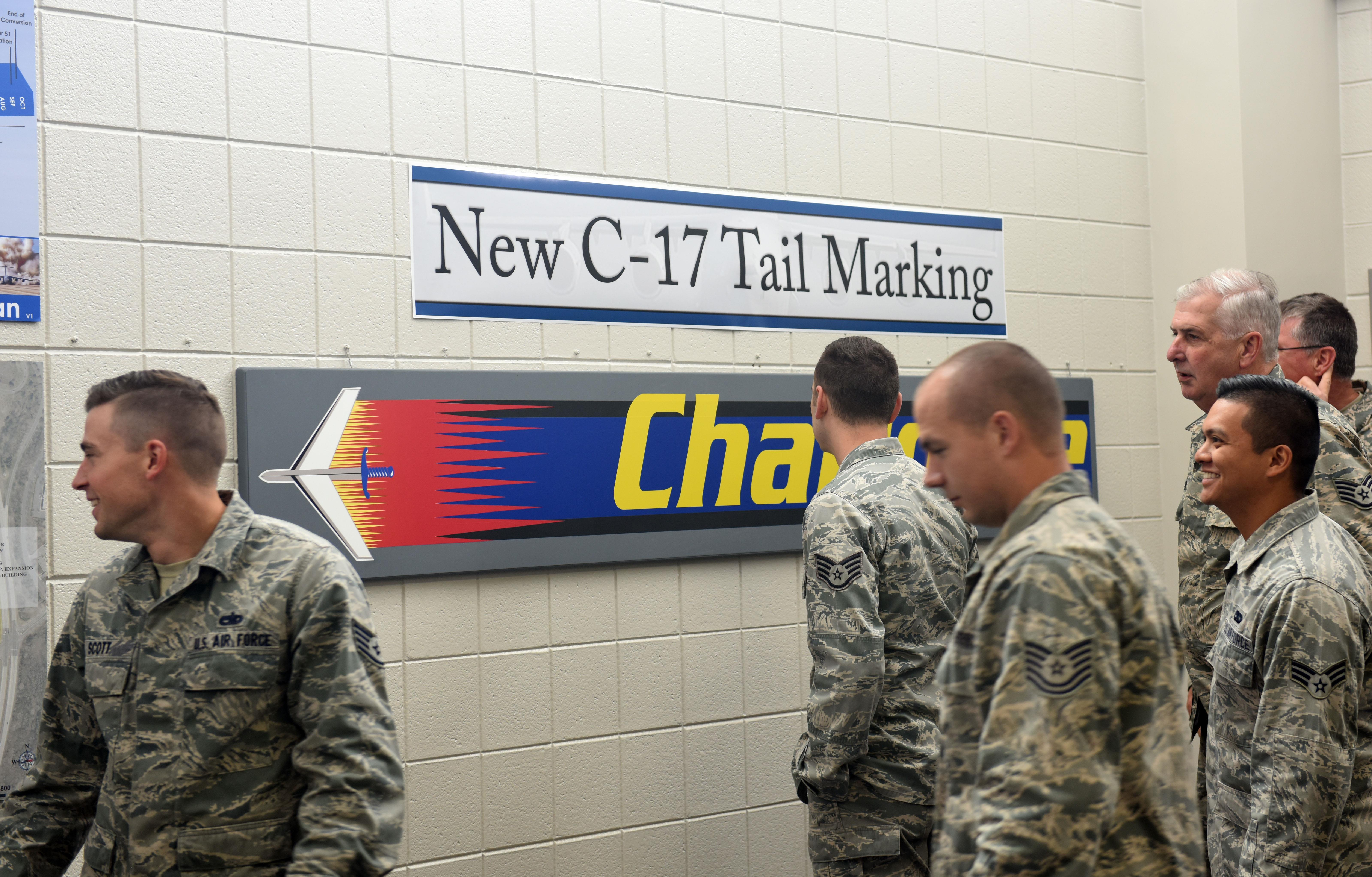 Alert 5 » C-17 tail flash for 145th Airlift Wing - Military