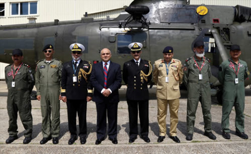 20170525_inner3_sea_king_helicopters_formally_handed_over_to_pakistan_navy