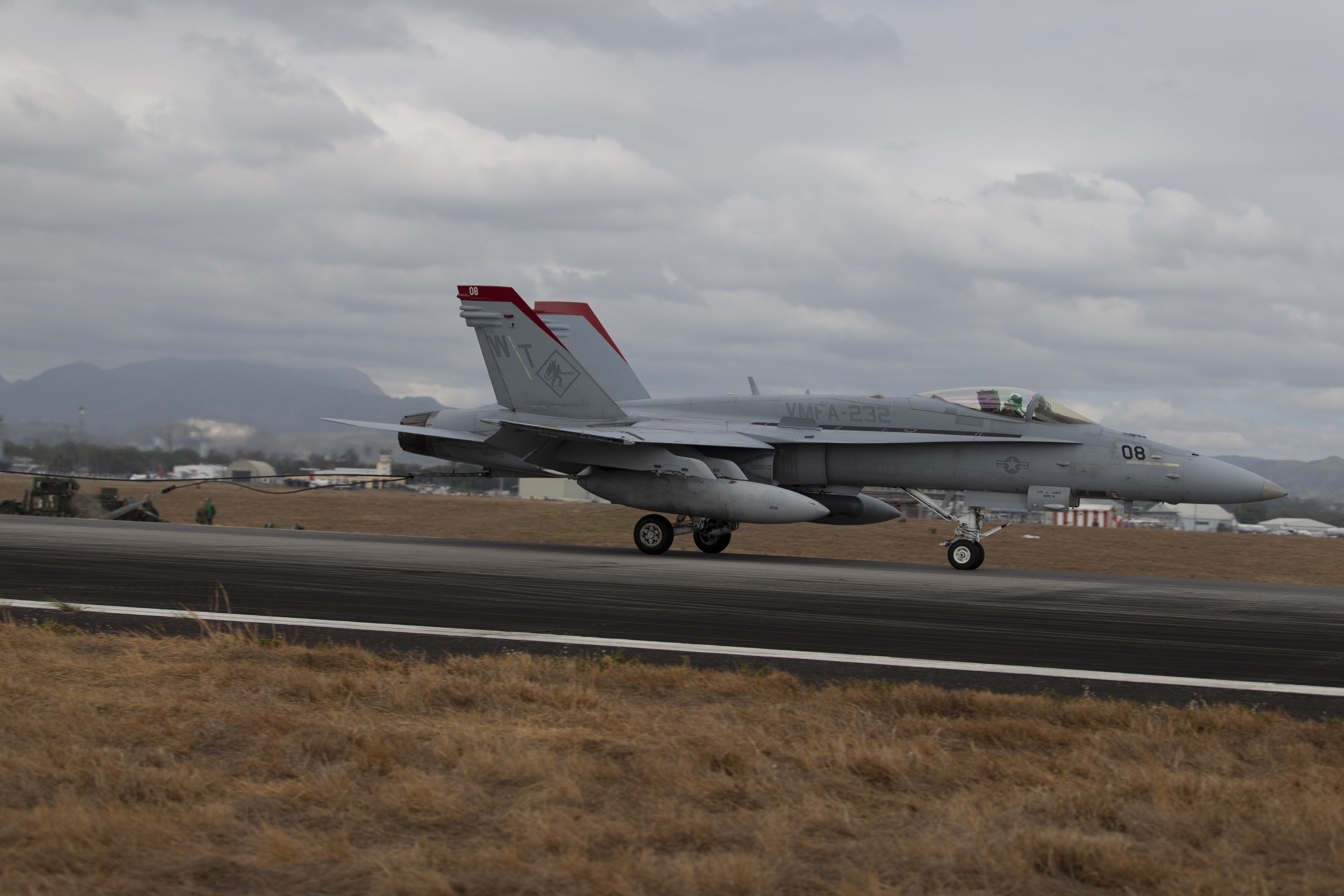 Alert 5 » VMFA-232 tests M31 Expeditionary Arresting Gear System at